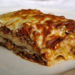 Lasagne tradizionali al ragù. Immancabili sulla tavola delle feste