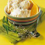 Gelato di arancia. Un gelato invernale con composta di frutti di bosco (e fragole)